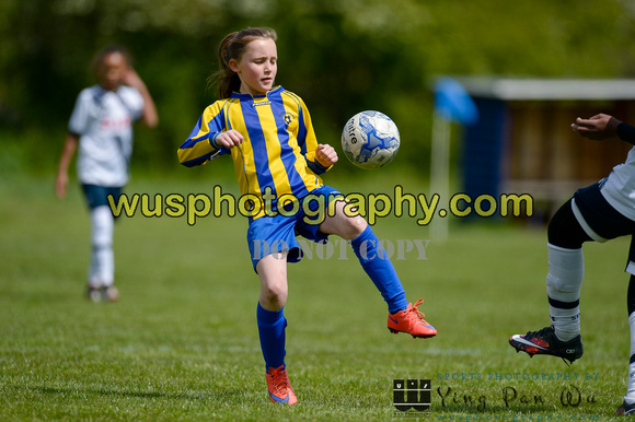 20160430-125000-2 Tottenham Hotspur Girls U11 v Harvesters FC Girls U11